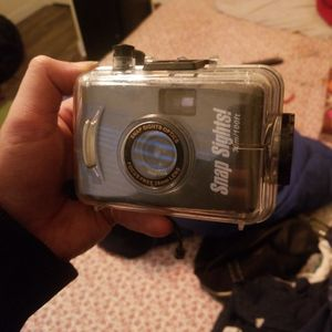 snap sights underwater camera w/ housing for Sale in Antioch, CA