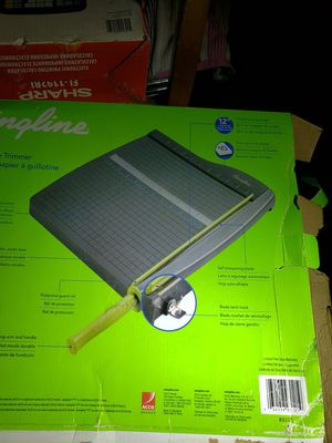 Swingline Guillotine Trimmer 12inches - 10 sheet capacity for Sale in Los Angeles, CA