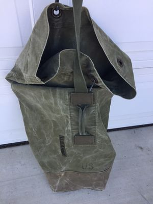 Authentic Army Top Load Duffle Bag for Sale in San Diego, CA