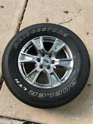 2015 Ford F-150 lariat stock tires and rims, Good Condition, hardly driven on. for Sale in Houston, TX