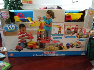 Build and play colossal construction zone new 115 pieces 3+ for Sale in Fort Worth, TX