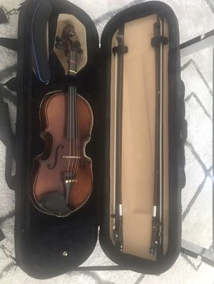 1/2 H Luger CV301 Violin for Sale in Kissimmee, FL