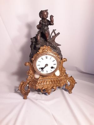 Amazing rare antique French clock for Sale in Chino, CA
