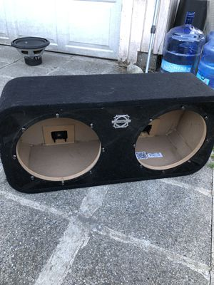 SUBWOOFER BOX 12 INCH for Sale in Seattle, WA