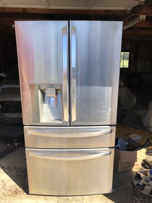 LG stainless steel refrigerator for Sale in Burke, VA