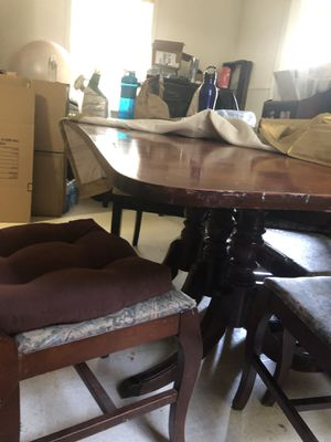 Antique Duncan Phyfe Mahogany dining room table with leaf inserts for Sale in Alexandria, VA