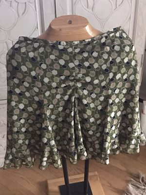 Floral pretty lined skirt, sz 8P for Sale in Silver Spring, MD
