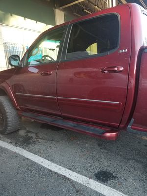 Toyota tundra 2004 for Sale in MONTGOMRY VLG, MD