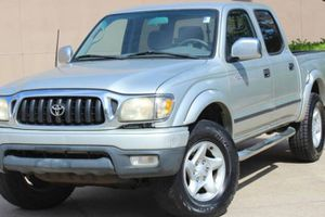 Great-TRUCK Toyota TACOMA 2002 for Sale in Huntington, WV