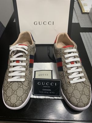 Gucci GG supreme sneakers for Sale in Long Beach, CA