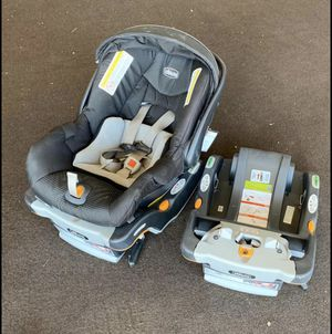 Chicco Car Seat/Stroller Combo for Sale in Peoria, AZ