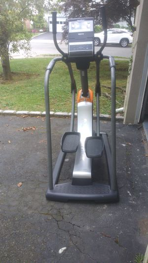 Nordictrack freestrider 35 s elliptical for Sale in Lawrence, NY