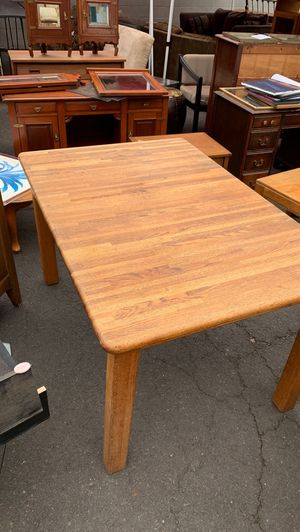Dining table for Sale in Ashland, OR