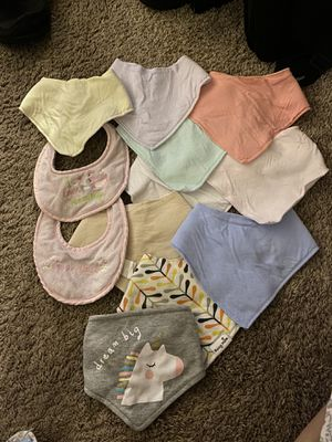 Lot of 15 barely used girl bibs for Sale in Germantown, MD