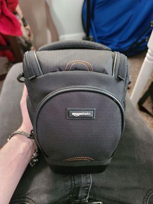 Amazon Basics DSLR Camera Shoulder Bag for Sale in Tampa, FL