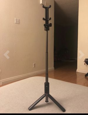 Selfie Stick Bluetooth for Sale in Brooklyn, NY