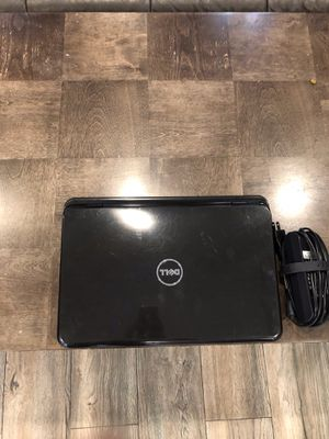 Dell Inspiron N5110 i3, 2.30 GHz, 500 gb hdd, Win 10 (left corner broken for Sale in Los Angeles, CA
