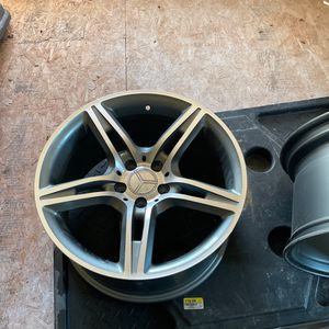 2- 18 by 10 AMG Style Wheels for Sale in Henderson, KY