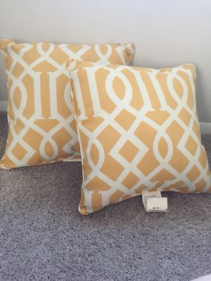 Yellow Indoor/Outdoor Pillows for Sale in Gambrills, MD