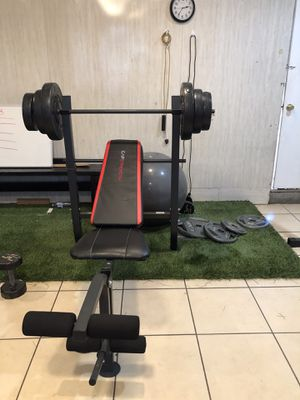 Gym equipment barbell with 100lb weight set for Sale in Montebello, CA