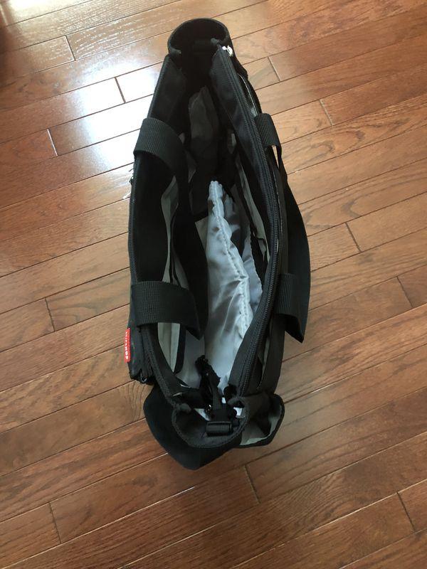 Skip hop diaper messenger bag