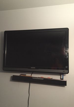 55 inch Magnavox Tv for Sale in Cleveland, OH
