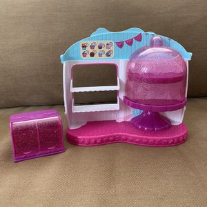 Shopkins Cupcake Queen Cafe for Sale in Fontana, CA