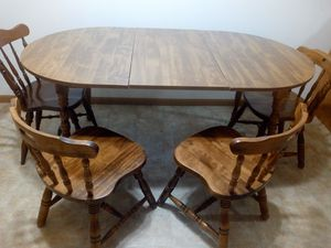 Dining Table & Chair for Sale in West Bend, WI