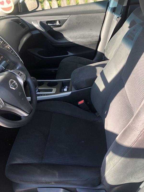 Nissan Altima SE