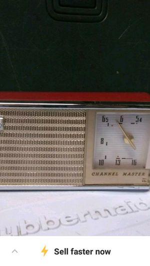 Vintage Vintage transistor radio for Sale in Gaston, SC