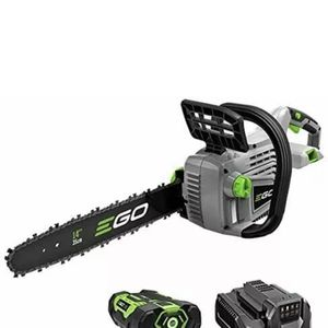 Ego chainsaw 18 inch 56 volts Battery And Charger for Sale in Hialeah, FL
