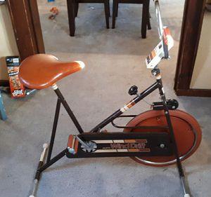 Wind drift vintage exercise bike for Sale in Detroit, MI