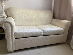couch / sofa for Sale in Los Angeles, CA