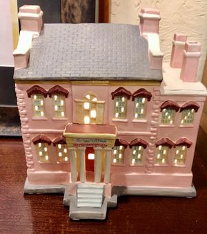 Savannah's The Olde Pink House Ceramic Replica, Lighted for Sale in Savannah, GA