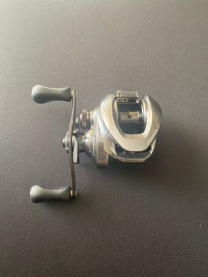 Shimano chronarch MGL 150xg bass fishing reel for Sale in San Diego, CA