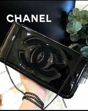 NEW CHANEL SHOULDER BAG for Sale in Rancho Cucamonga, CA