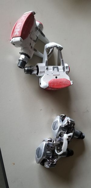 Clipless Bike Pedals - Shimano Deore SPD style or Look Rosd Bike Style for Sale in Heber-Overgaard, AZ
