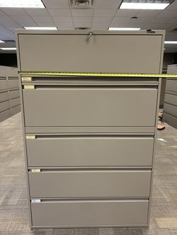 Office drawers cabinet for Sale in La Vergne,  TN
