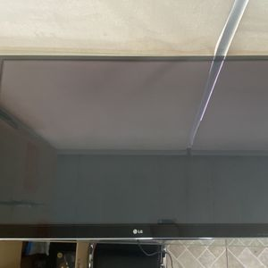 65 Inch LG TV for Sale in Hialeah, FL
