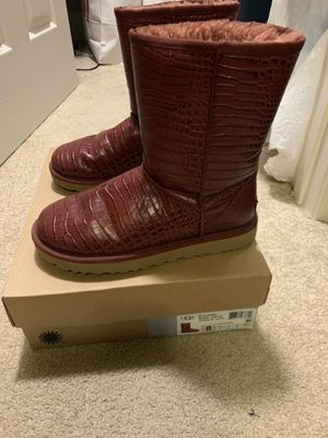 Authentic ugg boots for Sale in Upper Marlboro, MD