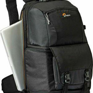 Lowepro Fastpack bp 250 aw ii for Sale in Whittier, CA