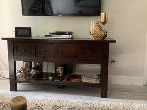 TV console for Sale in Coral Springs, FL