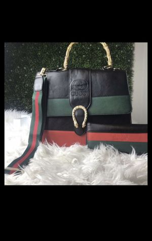 Gucci bag with wallet plus for Sale in Smyrna, GA