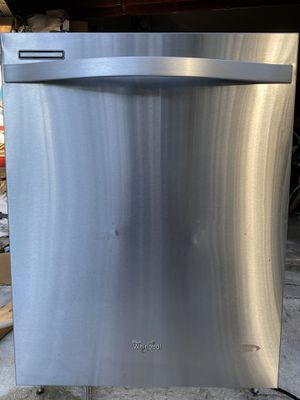 Whirlpool stainless steel dishwasher for Sale in Coral Springs, FL