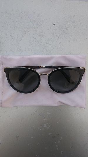 Gucci Sunglasses (Womens) ::GG0077SK for Sale in Sacramento, CA