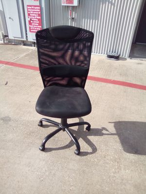 Office Chair still has plenty of life overall in great condition for Sale in Austin, TX