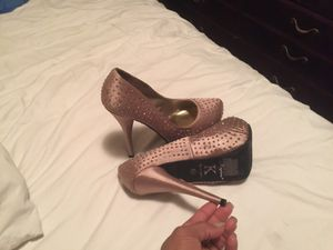 High heels size 8 for Sale in Cicero, IL