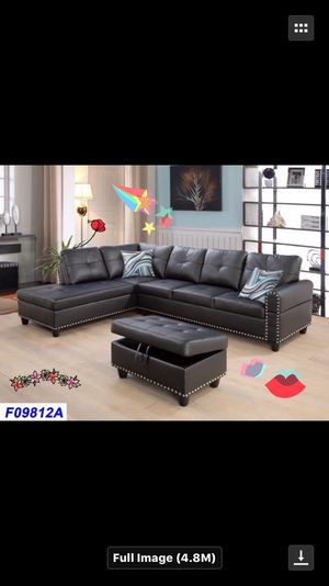 Black leather Sectional w/ Ottoman with Nail-heads ( new ) for Sale in Sunnyvale, CA