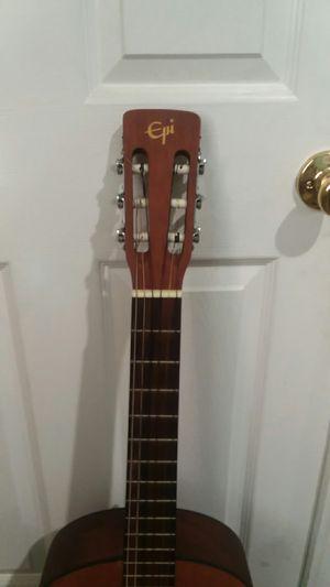 Guitarra acústica con su funda hakimi $50 for Sale in Los Angeles, CA