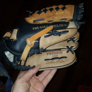 Glove Rawlings Leather for Sale in Queen Creek, AZ